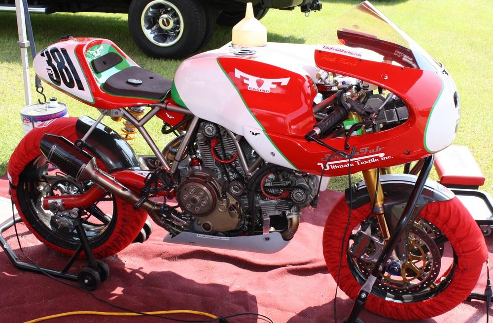 Ducati Sport 1000s Paul Smart Classic GT pics ... Yamaha Parts