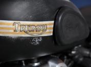 triumph-thunderbird-retro-04