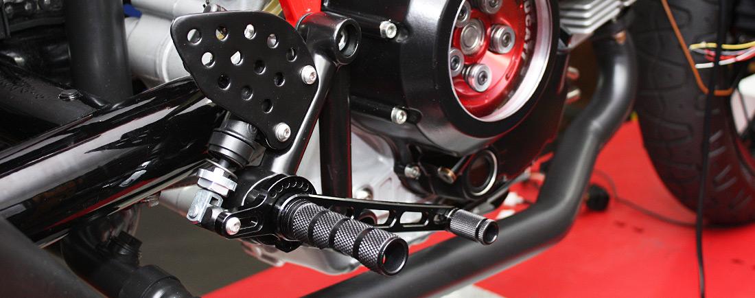 Ducati-Sport-1000s-rearset-ABM-Fussrastenanlage-Fussrasten-classic-gt