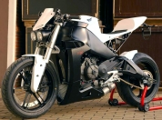eric-buell-racing-typhoon-01