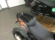 KTM-SUPERDUKE-1290-hecktasche-Gepaeckbruecke-touratech-strapon-000