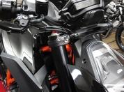 motogadget-vs-led-blinker-superduke-1290-001