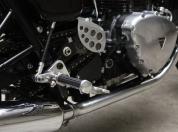 Triumph Thruxton caferacer 006.jpg
