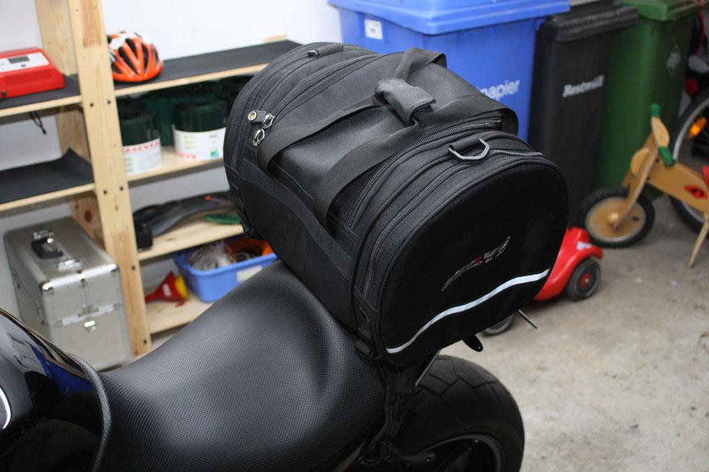 Buell Xb Packtasche Hecktasche Von Polo Triumphbikes De
