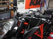 ktm-superduke-1290-rizoma-bremssfluessigkeitsbehaelter-036