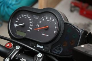 03 Buell Ganganzeige SureShift Motogadget .jpg