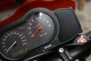09 Buell Ganganzeige SureShift Motogadget .jpg