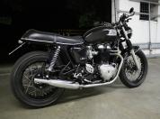 Triumph Thruxton Bonneville 0010.jpg